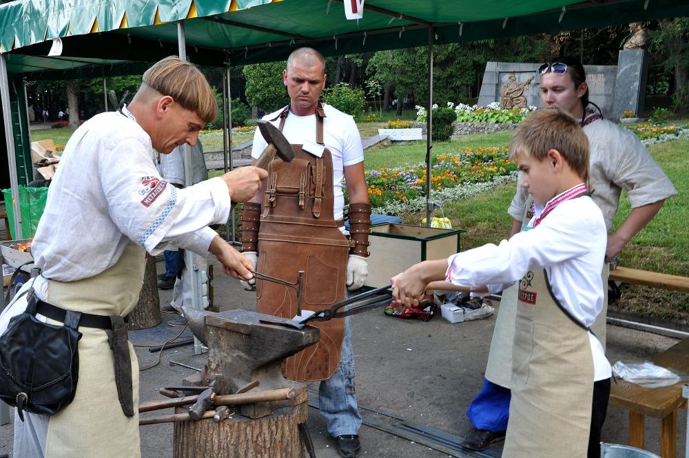festival-kuznechnogo-masterstva-k-yubileyu-goroda-rovno-3
